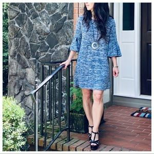 LIGHT KNIT DRESS WITH BELL SLEEVES